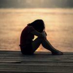 Cómo recuperar a una mujer que está dolida y herida contigo